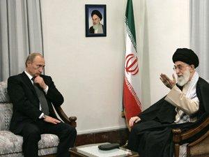 Poutine en Iran pour parler de la Syrie