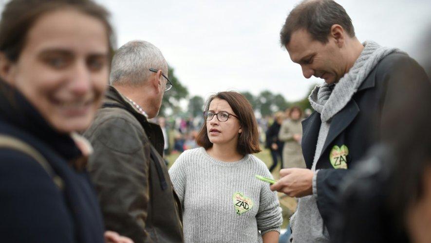 L'ancienne ministre Cécile Duflot (c), le 8 octobre 2016 à Notre-Dame-des-Landes