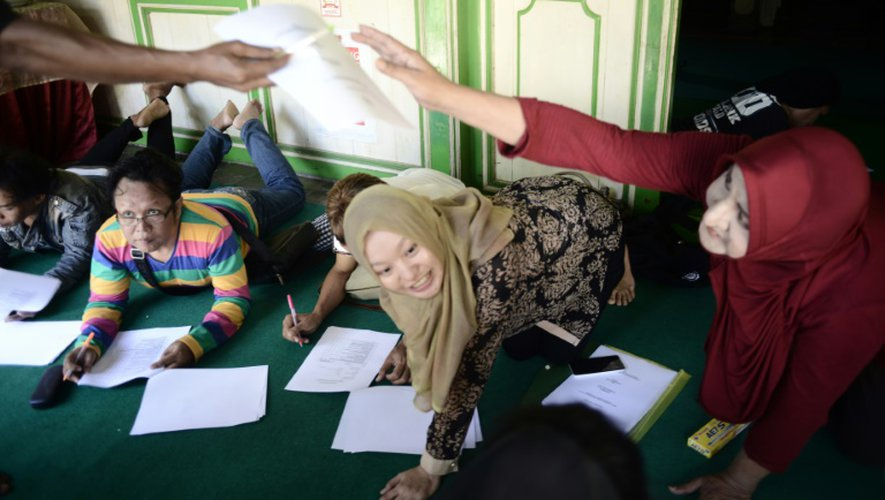 Des étudiantes de l'école islamique pour transgenres à Yogyakarta, en Indonésie, le 9 mai 2016