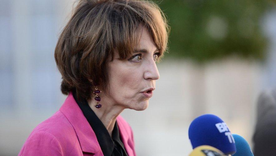 Le forfait annuel de remboursement des moyens de sevrage tabagique va être porté à 150 euros pour tout le monde, a annoncé mardi la ministre de la Santé Marisol Touraine.