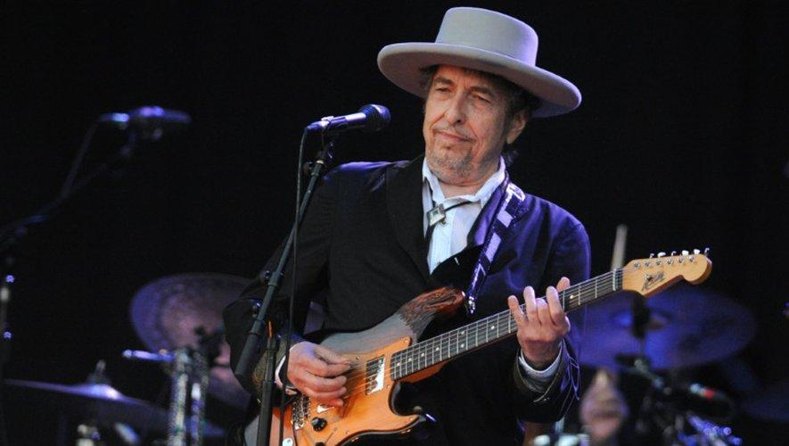 Le chanteur américain Bob Dylan lors d'un concert au festival des Vieilles Charrues, le 22 juillet 2012 à Carhaix-Plouguer