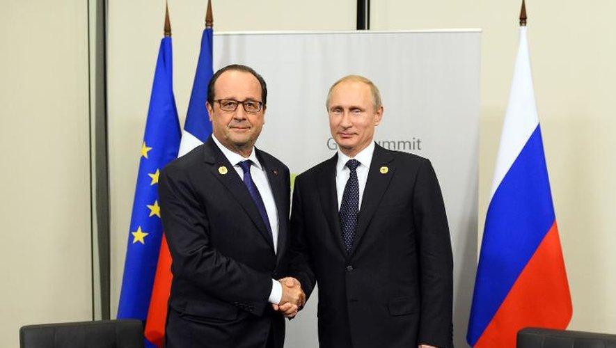 Arrivée de Hollande à Moscou pour un tête-à-tête avec Poutine