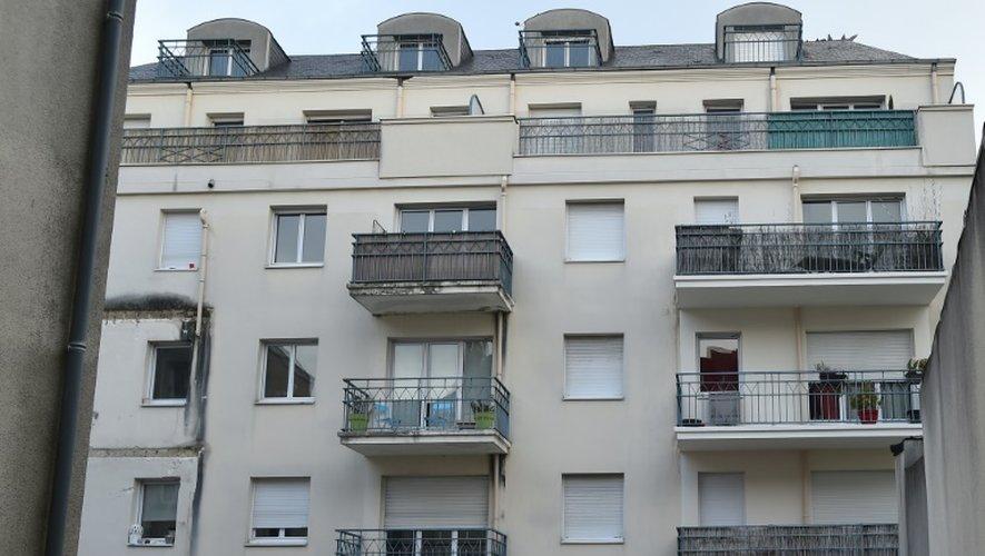 L'immeuble du 25 rue Maillé à Angers, le 16 octobre 2016, où un balcon du 3e étage s'est effondré la nuit précédente, faisant quatre morts
