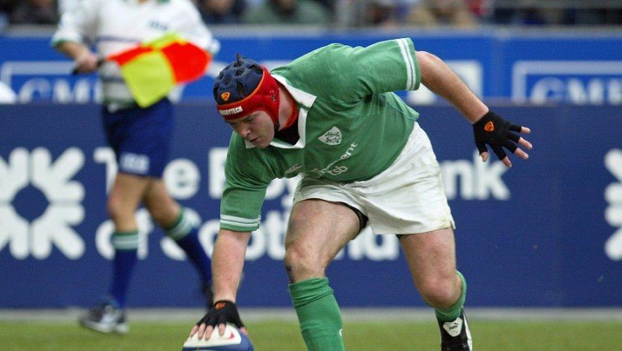 L'Irlandais Anthony Foley lors d'un match du Six nations contre la France, le 14 février 2004 au Stade de France