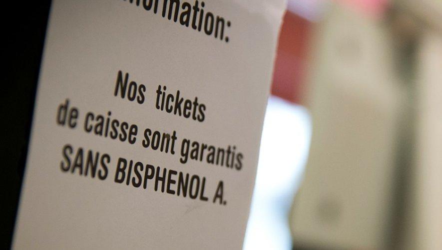 Le coût sanitaire de l'exposition aux produits contenant des perturbateurs endocriniens dont le Bisphenol A pourrait s'élever à plus de 340 milliards de dollars par an aux Etats-Unis, selon une étude