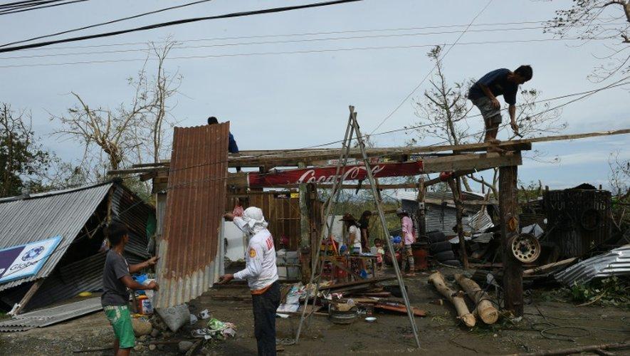 Dégâts à Ilagan, aux Philippines, après le passage du typhon Haima, le 20 octobre 2016