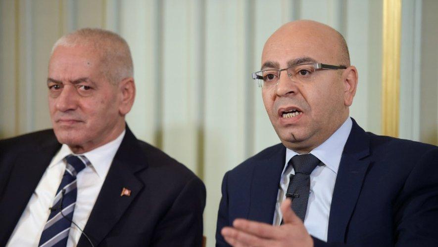Houcine Abbassi et Mohamed Fadhel Mahfoud, lauréats du prix Nobel de la paix le 9 décembre 2015, lors d'une conférence de presse à Oslo