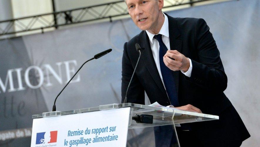 -Guillaume Garot lors d'une conférence de presse sur le gaspillage alimentaire le 14 avril 2015 à Paris