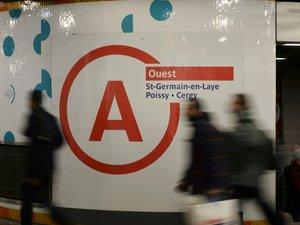 """Trafic sur le RER A """"fortement perturbé"""" par une grève"""