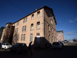 Agression au couteau à Rodez : deux hommes activement recherchés