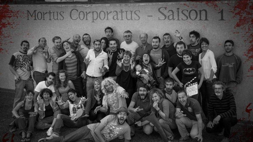 """L'équipe du tournage de la saison 1 de la série """"100% Aveyron"""" Mortus Corporatus."""