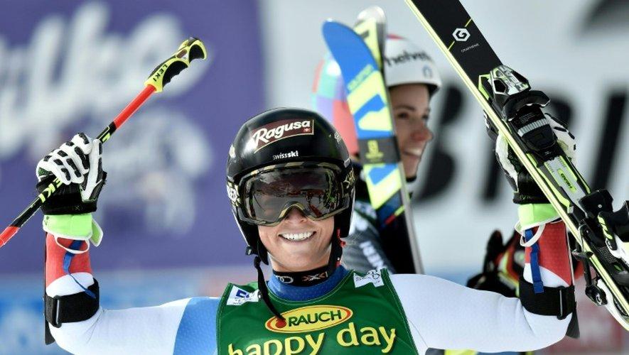 La Suissesse Lara Gut à l'arrivée de la seconde manche du slalom géant de Sölden (Autriche), le 22 octobre 2016