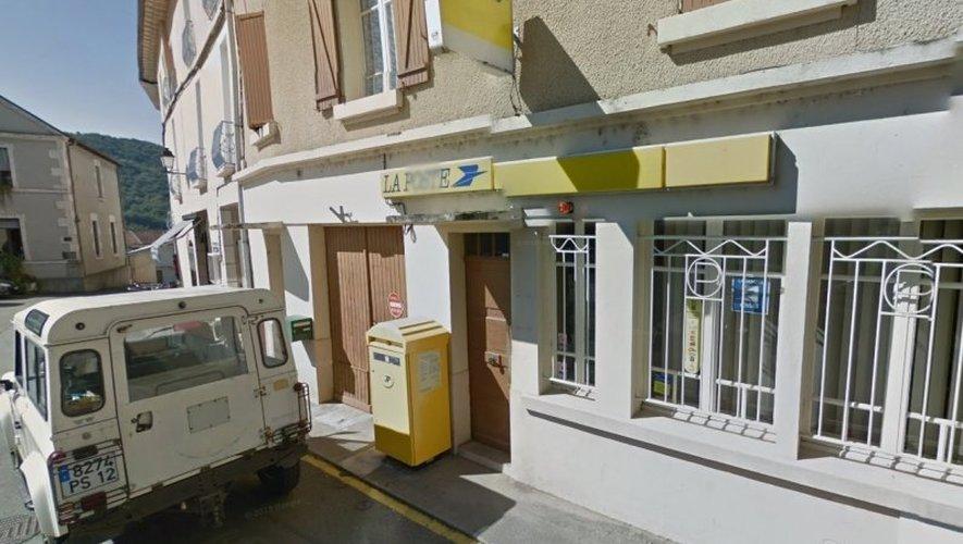 Transformé en agence postale, le bureau de poste de Livinhac continue à faire parler de lui.