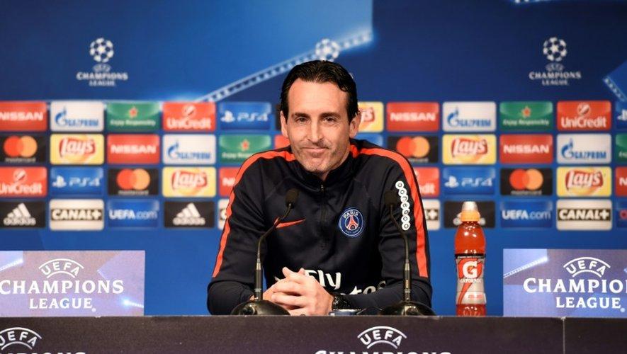 L'entraîneur du Paris Saint-Germain, Unai Emery, le 18 octobre 2016 à Paris