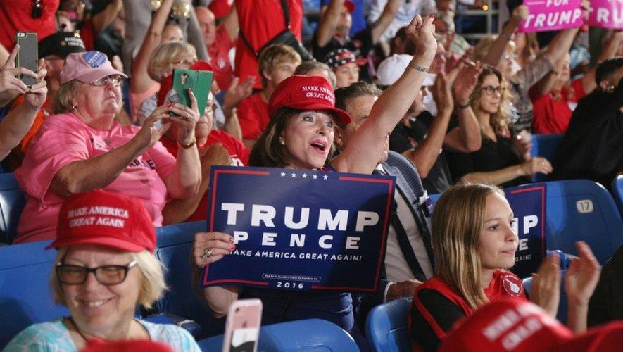Les partisans de Donald Trump lors d'un meeting, le 24 octobre 2016 à Tampa, en Floride