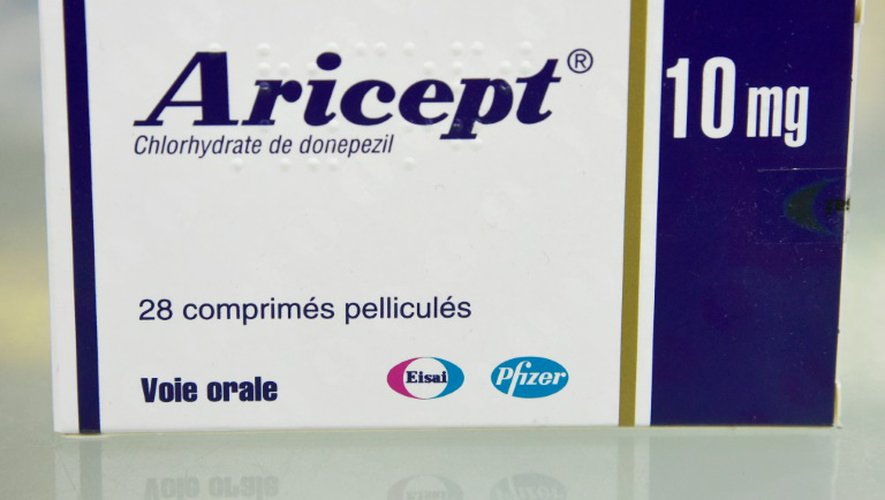 Un boite de médicaments Aricept, le 24 octobre 2016 à Paris