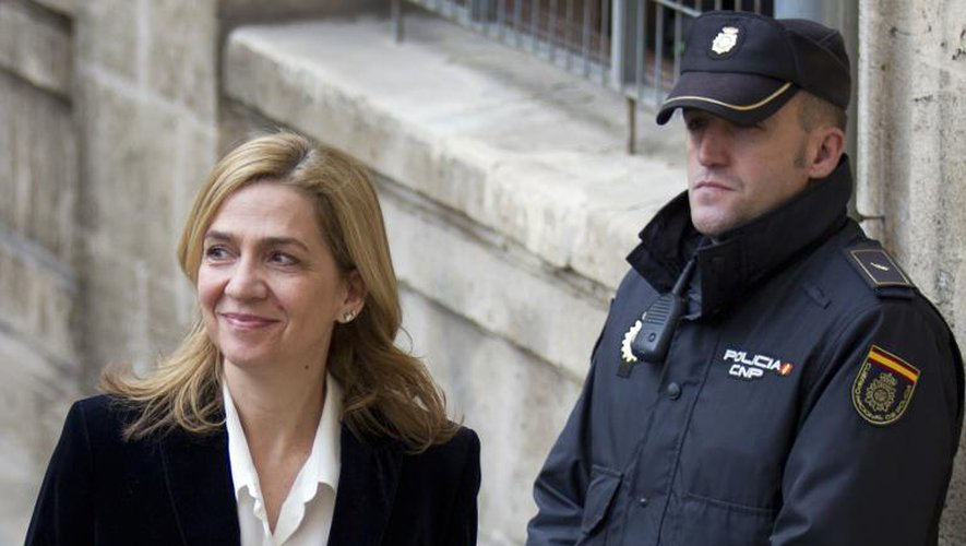 L'infante Cristina d'Espagne, soeur du roi Felipe VI, arrive le 8 février 2014 au tribunal de Palma de Mallorca