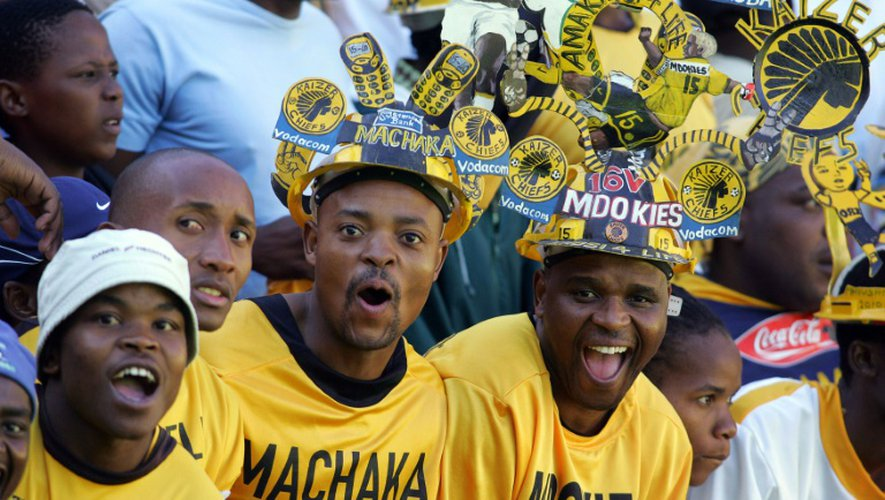 Des supporters des Kaizer Chiefs, le 28 avril 2007 lors du derby face aux Orlando Pirates à l'Ellis Park