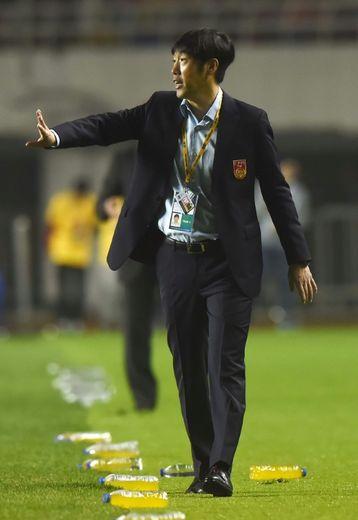 Gao Hongbo, alors sélecionneur de l'équipe de Chine, le 6 octobre 2016 lors du match face à Syrie à Xian