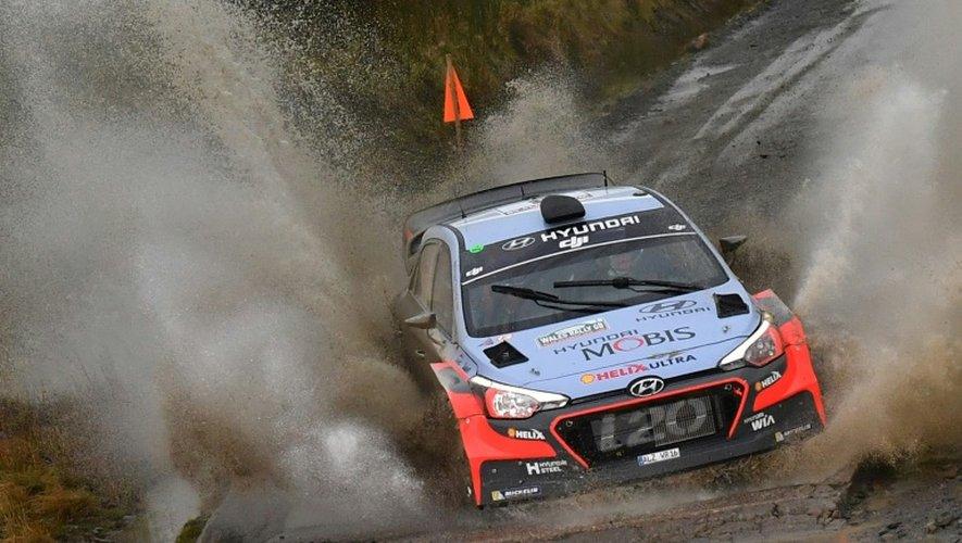 Thierry Neuville (Hyundai), le 28 octobre 2016 lors du Rallye de Grande-Bretagne à Llangurig