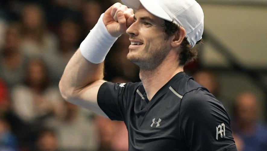 Le Britannique Andy Murray, N.2 mondial, après sa victoire en finale du tournoi de Vienne le 30 octobre 2016