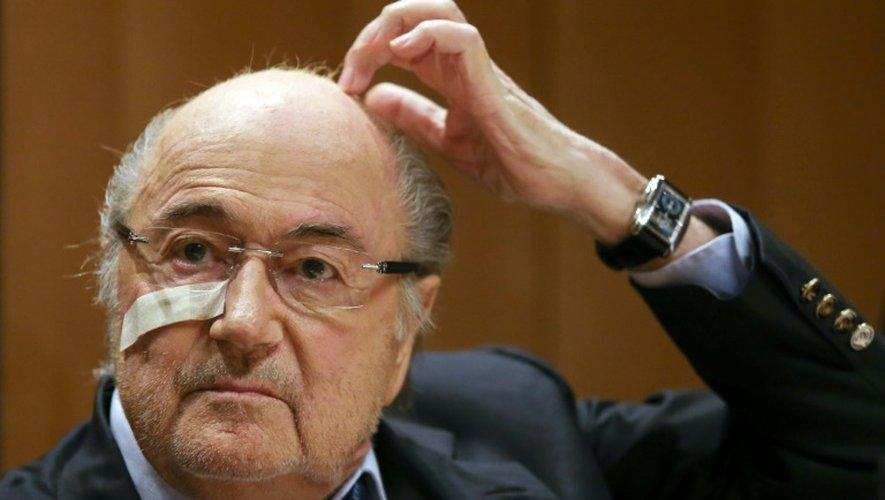 Joseph Blatter, suspendu 8 ans par la Fifa de toute activité footballistique, en conférence de presse, le 21 décembre 2015 à Zurich