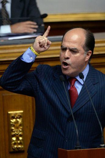Le député de l'opposition Julio Borges le 23 octobre 2016 à l'Assemblée nationale à Caracas
