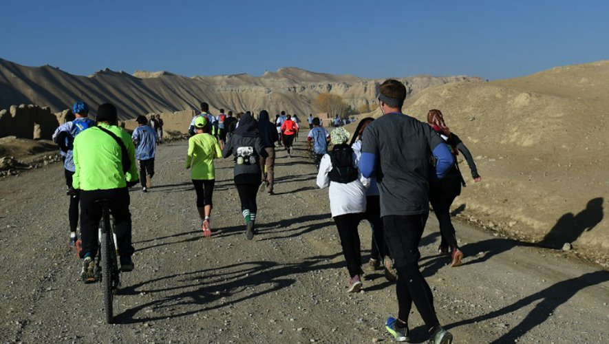 Plus d'une centaine de coureurs, afghans et étrangers, participent à l'épreuve, dont une quinzaine de femmes au total