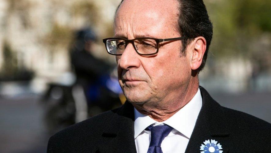 Le président François Hollande lors de la commémoration de l'armistice le 11 novembre 2016 à Paris