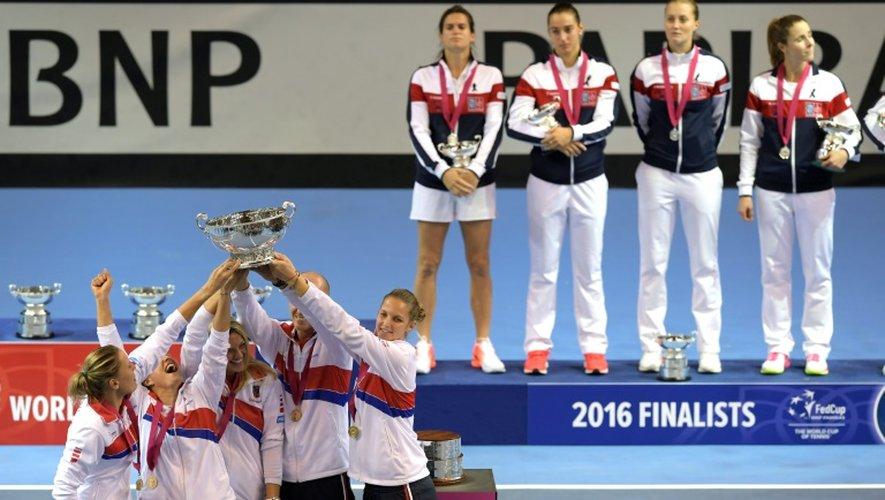 Les Françaises battues en finale de la Fed Cup 2016 par les Tchèques à Strasbourg, le 23 novembre
