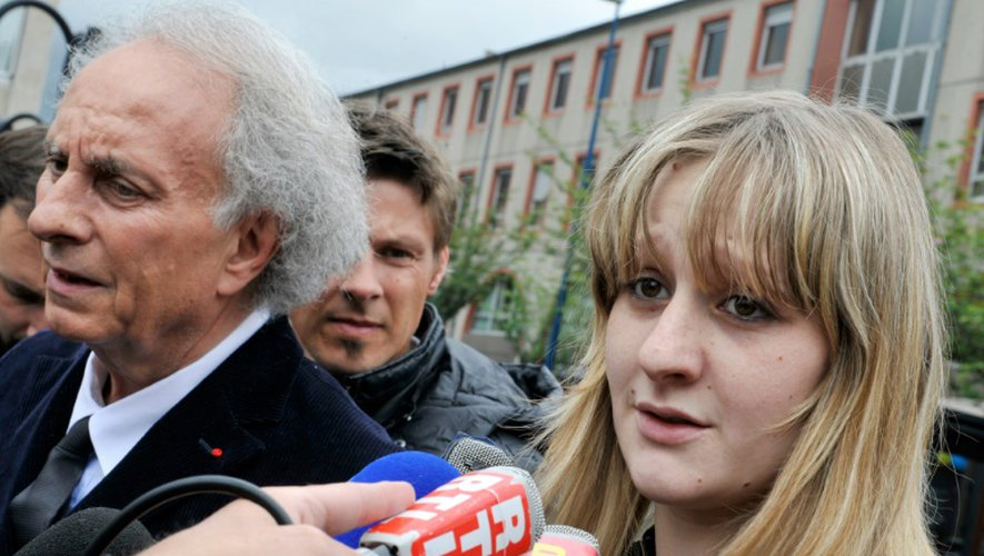 Cécile Bourgeon et son Gilles-Jean Portejoie pendant les recherches après la disparition de la petite Fiona, le 16 mai 2013 à Clermont Ferrand
