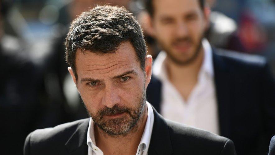 Jérôme Kerviel quitte le tribunal de Versailles à l'issue de son procès en appel, le 23 septembre 2016