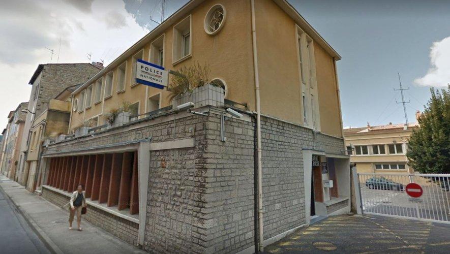 L'homme a été emmené au commissariat de Millau avant d'être écroué à Rodez.