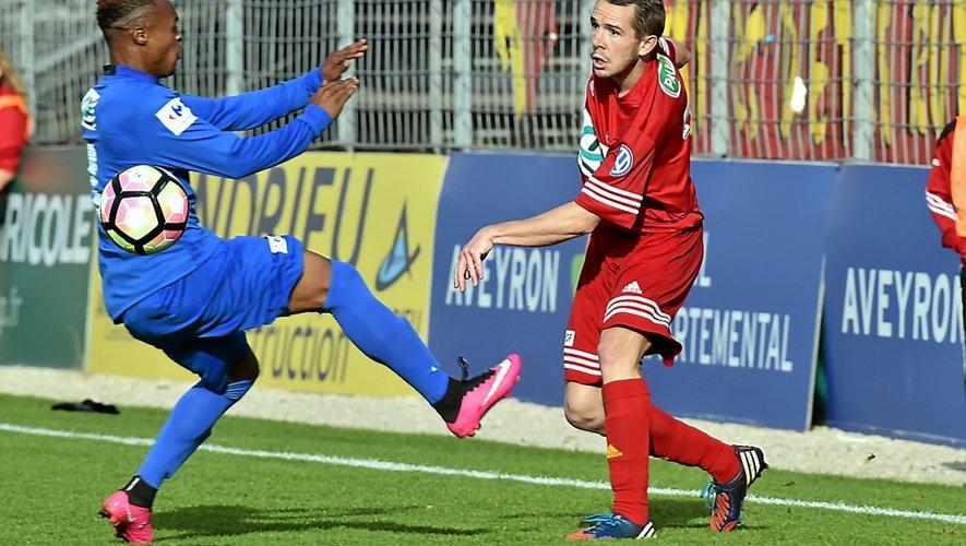Après avoir difficilement sorti M'Tsapéré (3-2 après prolongations), Rodez ira défier Istres (DHR) pour le compte du 8e tour de Coupe. Non sans oublier que la Ligue 1 fait son entrée au coup d'après...