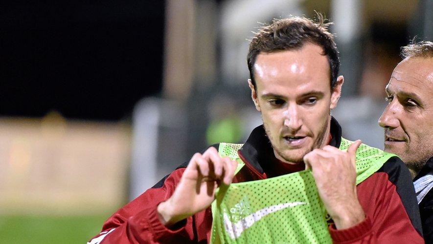 Avec trois entrées en jeu en CFA (comme ici à Paulhan) et trois titularisations en Coupe, Loïc Poujol est toujours couvé par con coach.
