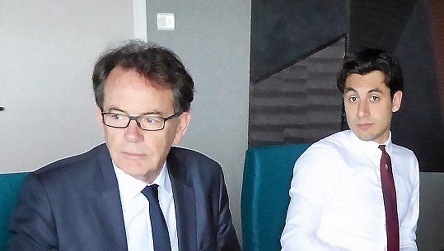 Thomas Mogharaei, directeur de cabinet du maire de Rodez, est le référent en Aveyron du mouvement « En Marche » initié par le désormais candidat Emmanuel Macron.
