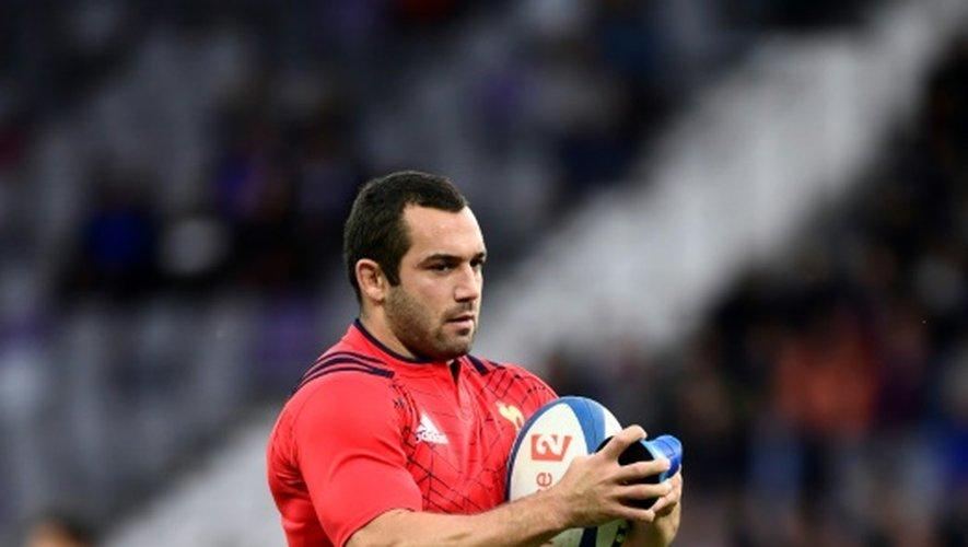 L'ouvreur français Jean-Marc Doussain à l'échauffement avant le test-match contre les Samoa, le 12 novembre 2016 à Toulouse
