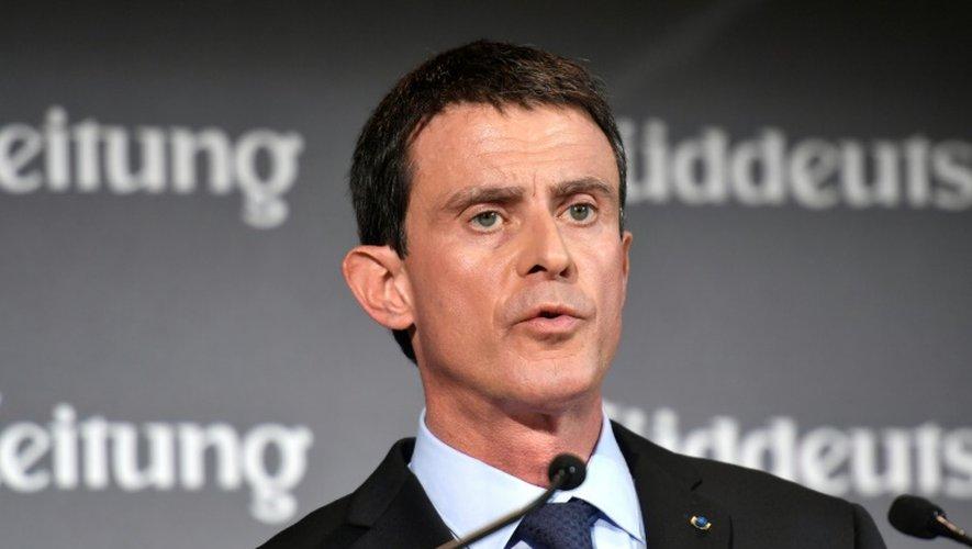 Manuel Valls fait un discours lors d'un forum économique organisé par le Sueddeutsche Zeitung à Berlin le 17 novembre 2016