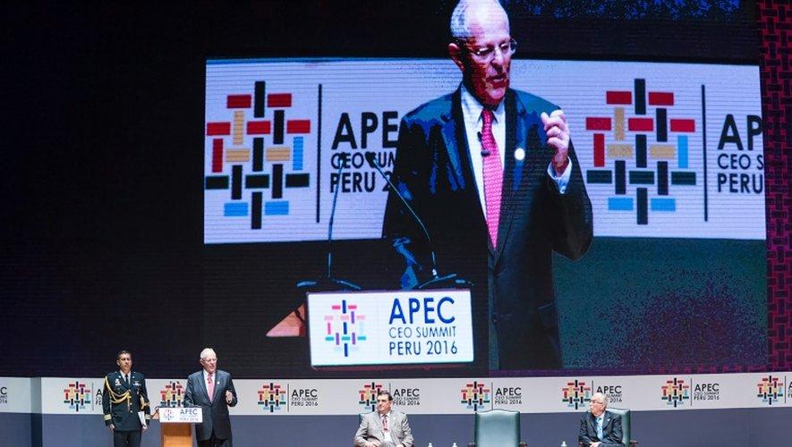 le président du Pérou Pedro Pablo Kuczynski lors de l'inauguration de la réunion annuelle de l'Apec