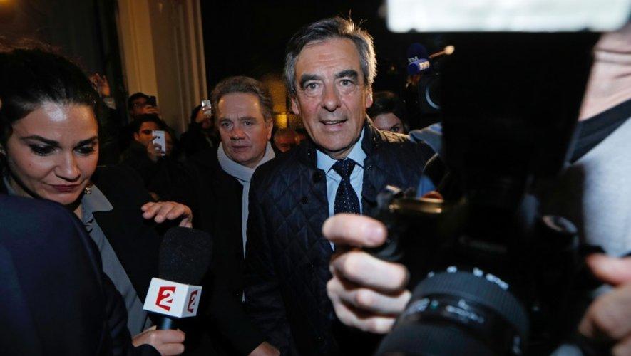 François Fillon à la sortie de son siège de campagne le 20 novembre 2016 à Paris