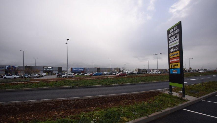 Les commerçants du centre-ville pensent que la zone de l'Estréniol «est suffisamment développée». Ils demandent à Christian Teyssèdre «d'intervenir avec force contre le développement de ce type de commerce dans la zone de l'agglomération».