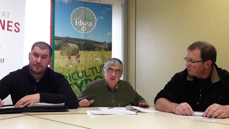 Pour les agriculteurs de la FDSEA et des JA, la possible implantation en Aveyron, notamment sur l'Aubrac et le Larzac, représente selon eux une «réelle menace».