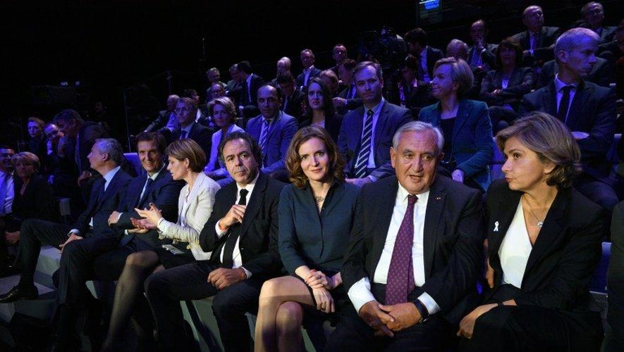 De GàD: Luc Chatel, Nathalie Kosciusko-Morizet, Jean-Pierre Raffarin et Valérie Pécresse lors du débat télévisé de l'entre-deux-tours de la primaire de la droite et du centre le 24 novembre 2016 à Paris
