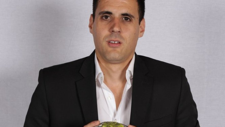 Benjamin Gonzalez, responsable administratif, juridique et financier du club provençal, joue aussi les chauffeurs à ses heures perdues.