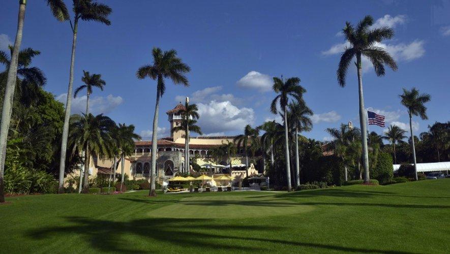 Donald Trump a passé tout le week-end prolongé de Thanksgiving dans son luxueux golf de Mar-a-Lago, à Palm Beach, en Floride