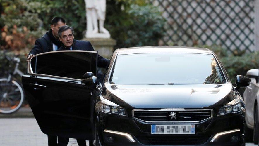 François Fillon à la sortie de son domicile le 28 novembre 2016 à Paris