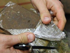 Dix kilos de résine de cannabis écoulés entre Figeac et Decazeville