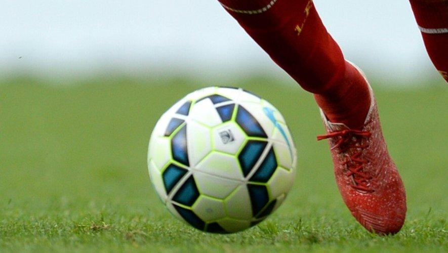 Quelque 350 victimes présumées d'actes de pédophilie dans le football britannique se sont signalées auprès des autorité