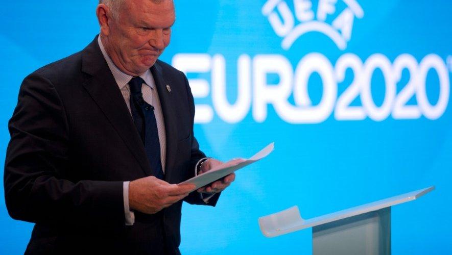 Le président de la Fédération anglaise Greg Clarke lors de la présentation du logo de l'Euro-2020, le 21 septembre 2016 à Londres