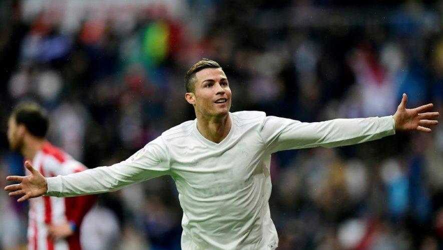 Cristiano Ronaldo, double buteur pour le Real Madrid face au Sporting Gijon à Bernabeu, le 26 novembre 2016